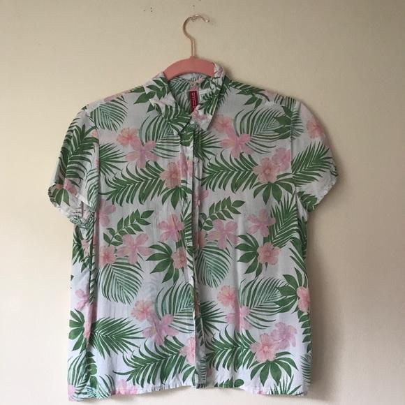 86ad4313 H&M Tops | Hm Button Down Hawaiian Shirt With Flowers | Poshmark